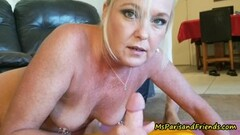 Pussylicking gilf finger banging les amateur Thumb