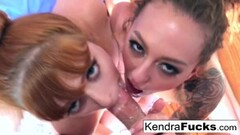 Cute Personal home movie of a hot double Blowjob Thumb