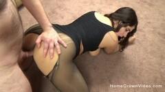 PASCALSSUBSLUTS-Hottie Jessica Jensen swallows maledom cum Thumb