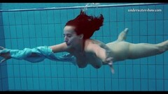 Fit Piyavka Chehova swims naked in the pool and strips Thumb