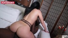 Milf With Big Ass Gets Anal Pounded By Thick BBC Thumb