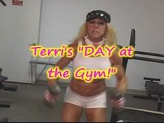 MILF Body Builder gets a HARD WORKOUT Thumb