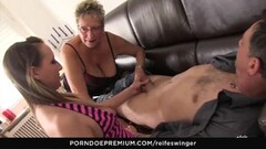Sexy Model rides Sybian till she orgasms Thumb