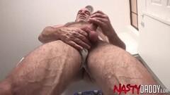 Yasmin Scott plays with Ivana Sugars warm pussy Thumb