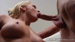 Hottie Jennifer White sucking hard cock Thumb