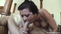 Sizzling babe plastered with cum Thumb