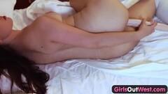 Silverstone - Hot lesbian porn scene Thumb