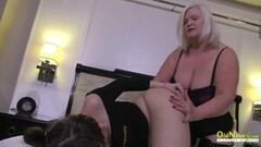 Hot blonde stripper takes a huge load in the face Thumb