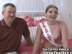 Submissive Robbie Gets a Gaping Asshole From The StrapOnPrincess Thumb