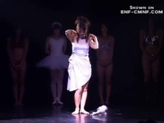 japanese dance , strip and illusion show Thumb