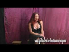 Teen Indian Zarina Massoud Peeing Outdoors Thumb