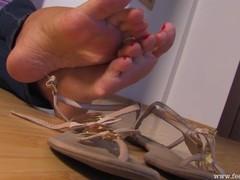 Sexy long toes Thumb