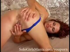 Mature lady blows boys cock on sofa Thumb