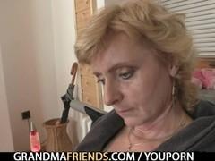 She enjoys fucking two cocks Thumb