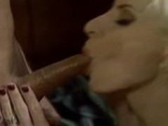 Experienced MILF Gives Great Blowjob Thumb