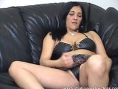 Jerk off teacher demos masturbation with her legs spread Thumb