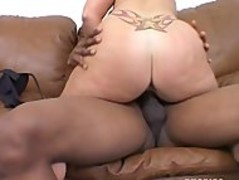 Lisa Sparxxx, back again after becoming a mom, to suck some big black dick Thumb