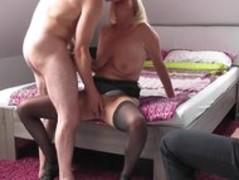 Amateur wife is fucking neighbour Thumb