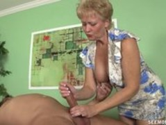 Granny Tracy cocksucking and handjob Thumb