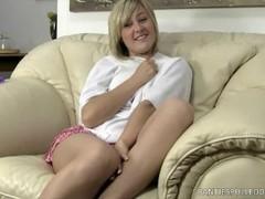 Brtiish Anabella Silvers panty hose wanking! Thumb