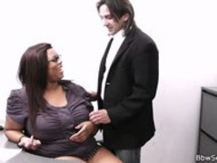 Married boss cheating with fat ebony secretary Thumb