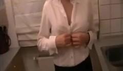 Amateur Blonde Anal und Sperma im Mund Thumb