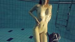 Duna Bultihalo underwater naked babe Thumb