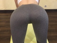 On quarantine fucked step sister, while she was doing fitness in leggings Thumb