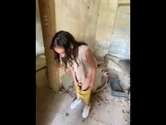 Mi sbatto un'araba in una casa abbandonata Thumb