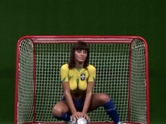 Veronica Vanoza - Solo Thumb
